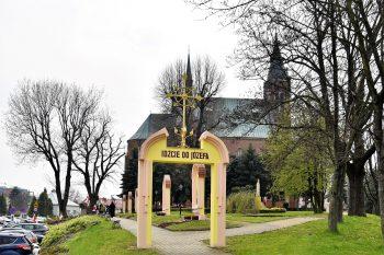 Rzeszów, Skołyszyn: Zawierzenie diecezji św.Józefowi
