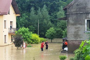 Pomoc rzeszowskiej Caritas dla poszkodowanych wskutek burz iulew