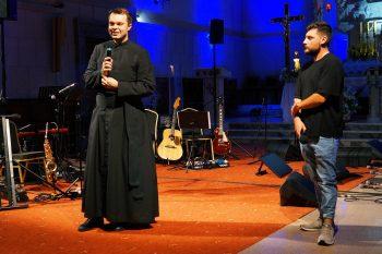 """""""Zbliżcie się"""". Saletyńskie Spotkanie Młodych wDębowcu"""